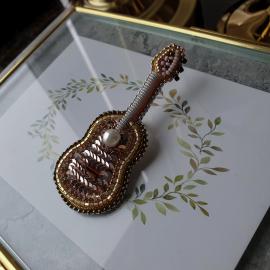 """Брошь """"Гитара"""" #1"""